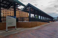 Amtrak Loading Platform - 3. Roanoke, VA – December 23rd: Amtrak loading platform located in downtown Roanoke, Virginia, USA on December 23rd, 2017 stock photography