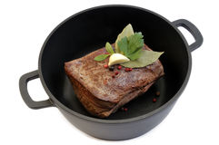 Roast beef in pan Royalty Free Stock Photos