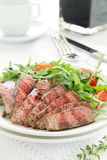 Roast beef with salad Royalty Free Stock Photos