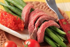 Roast beef  and string beans Royalty Free Stock Photography