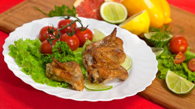 Roast chicken with salad Royalty Free Stock Photos