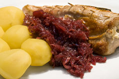 Roast with red cabbage and potatoes Stock Photography