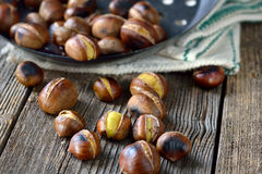 Free Roasted Chestnuts Stock Photo - 61490260