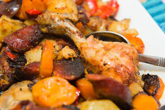 Roasted chicken tights with vegetables Royalty Free Stock Photos