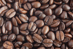 Roasted coffee beans. Horizontal background from roasted coffee beans Royalty Free Stock Photos