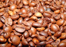 Roasted coffee in beans Royalty Free Stock Images