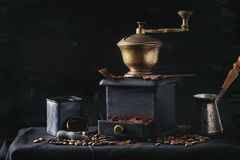 Roasted Coffee Beans Over Black Royalty Free Stock Photography