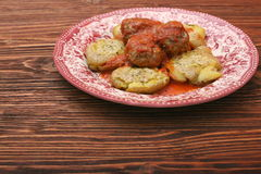 Roasted meatballs with mashed potatoes Stock Photography