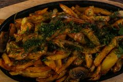 Roasted potato with dill Royalty Free Stock Photography