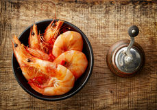 Roasted prawns on wooden cutting board Stock Photography