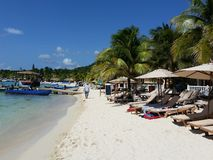 Roatan Honduras strand arkivbilder