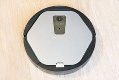 Robótica - el robot automatizado el aspirador Imagenes de archivo