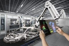 Robô da rendição do controle humano 3d Fotos de Stock Royalty Free