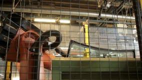 Robô automático que trabalha com janelas de carro filme