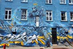 Robô da arte da rua imagens de stock royalty free