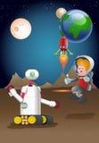 Robô de Droid que guarda o planeta de exploração do astronout masculino Imagens de Stock