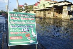 Rob powódź w Semarang Kaligawe regionie obrazy royalty free