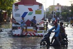 Rob powódź w Semarang Kaligawe regionie obraz royalty free