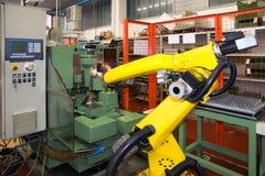 Robôs industriais - linhas da automatização imagem de stock royalty free