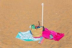 Roba della spiaggia sulla sabbia Immagini Stock Libere da Diritti