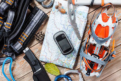 Roba di alpinismo e di escursione Fotografie Stock