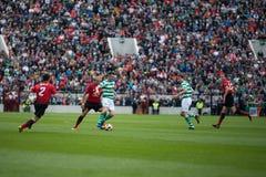 Robbie Keane, Wes Brown och Gary Neville under Liam Miller Tribute matchar arkivfoton