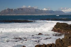 从Robbin海岛的桌山 免版税图库摄影