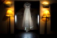 Robe de mariage images libres de droits