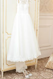 Robe de mariage blanche Images stock