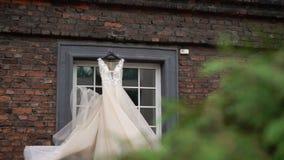 Robe de mariage nuptiale clips vidéos