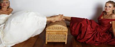 Robe de mariage rouge et blanche Photo libre de droits