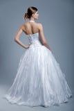 Robe de mariage sur le modèle de mode Photographie stock