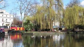 Robert Browning Island, Fußgänger in London, wenig Venedig stock footage