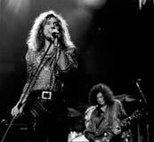 Robert Plant & Jimmy Page - April 9, 1995, de Tuin van Boston - door Eric L johnson stock fotografie