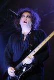 Robert Smith, chanteur et guitariste du groupe de rock légendaire le traitement Photographie stock