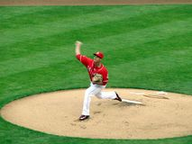 Robert Stephenson macht seinen Major League Baseball Debut lizenzfreies stockfoto