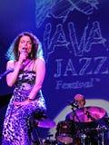 Roberta Gambarini på Java Jazz Festival Arkivbild
