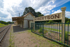 Robertson järnvägsstation, New South Wales, Australien Royaltyfria Bilder