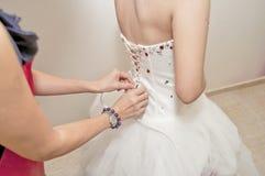 Robes de mariage de mariée Image stock