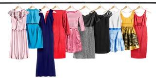 Robes sur des supports de vêtements Images libres de droits