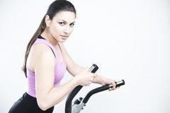 robić ćwiczenia sprawności fizycznej kobiety Obraz Royalty Free