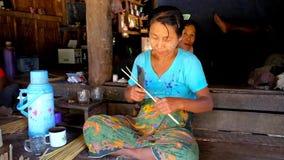 Robić bambusowi tkactw puste miejsca, Chaung Tha, Myanmar zbiory