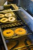 Robić donuts Zdjęcie Stock