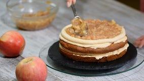 Robić karmel jabłek tortowi Kulinarny proces zbiory wideo