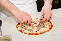 Robić mięsna pizza Obrazy Royalty Free
