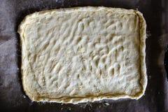 Robić Piernikowym ciastko seriom Tnący ciasta prześcieradło w shap Zdjęcie Stock