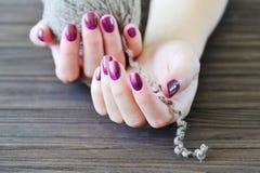 Robiący manikiur paznokcie Fotografia Stock