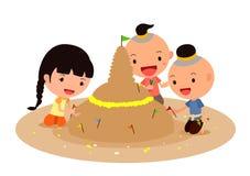 Robić piasek pagodom z kolorowymi flaga i kwiatami Zdjęcia Royalty Free