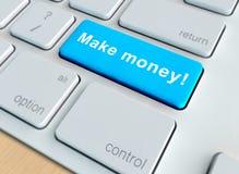 Robi pieniądze kluczowi na klawiaturze Fotografia Royalty Free