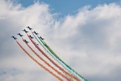 robić samolotów cywilni robi manoeuvres Obraz Stock